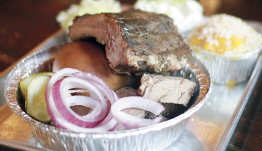 DINING-Feast-BBQ